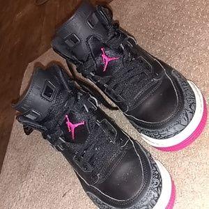"Jordans spizike ""Deadly Pink"""